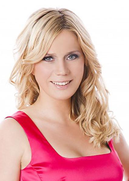 TV-Moderatorin Johanna Setzer. (c) PULS 4 / Hammerschmid - setzer_kl